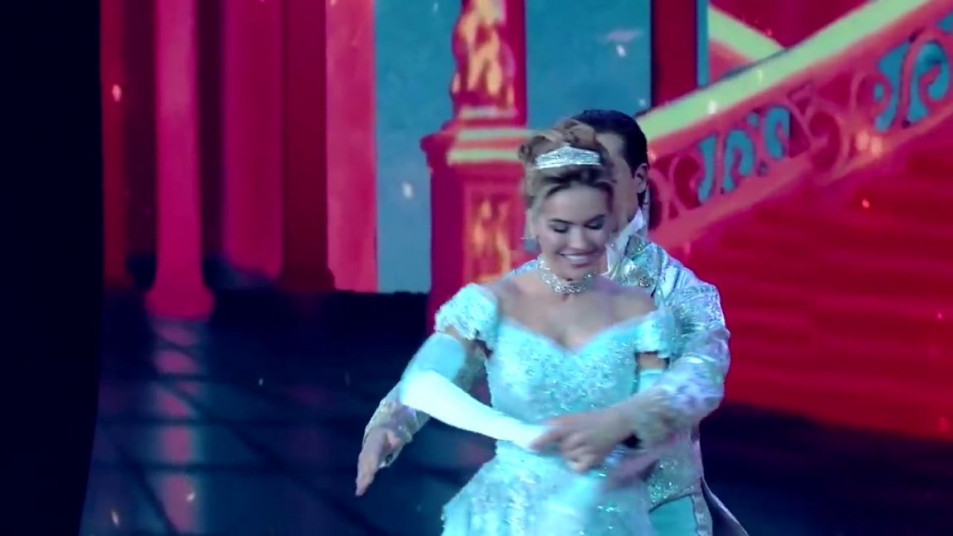 Dancing-with-the-Stars-2020-Chrishell-Stause-s-Waltz-4.jpg