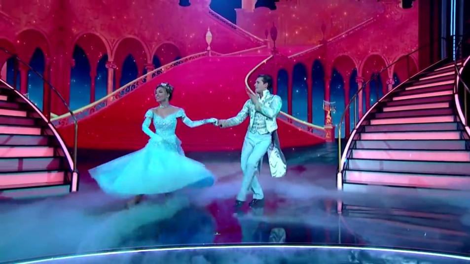 Dancing-with-the-Stars-2020-Chrishell-Stause-s-Waltz-6.jpg