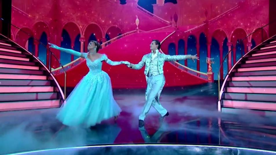 Dancing-with-the-Stars-2020-Chrishell-Stause-s-Waltz-7.jpg