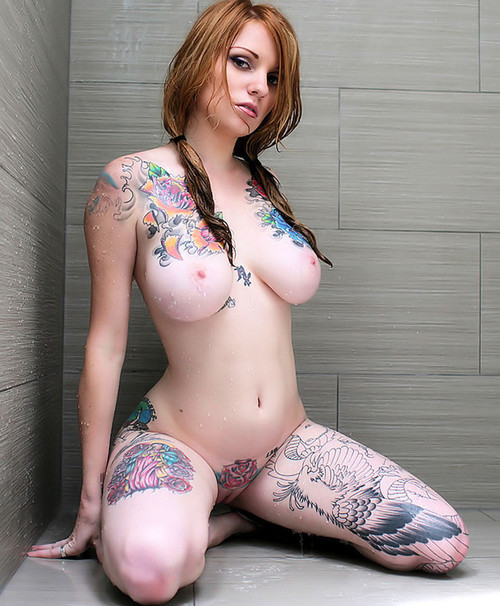 Tattooed-Hotties-hootest-girls-with-tattooes-on-the-web-57.jpg