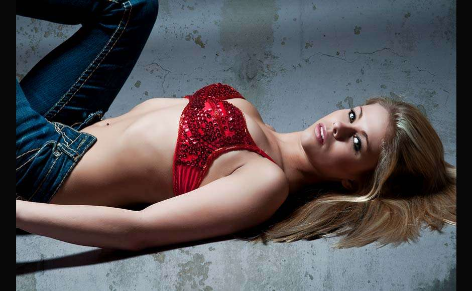 Paige-VanZant-sexy-Pics-7.jpg
