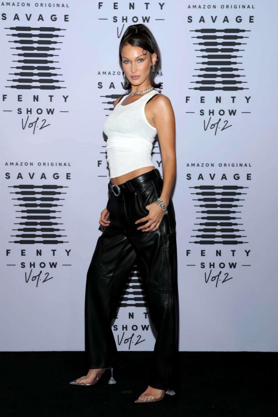 Bella-Hadid-black-lingerie-Rihannas-Savage-X-Fenty-Show-1.jpg