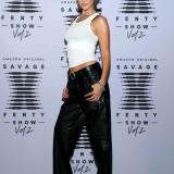 Bella-Hadid-black-lingerie-Rihannas-Savage-X-Fenty-Show-1