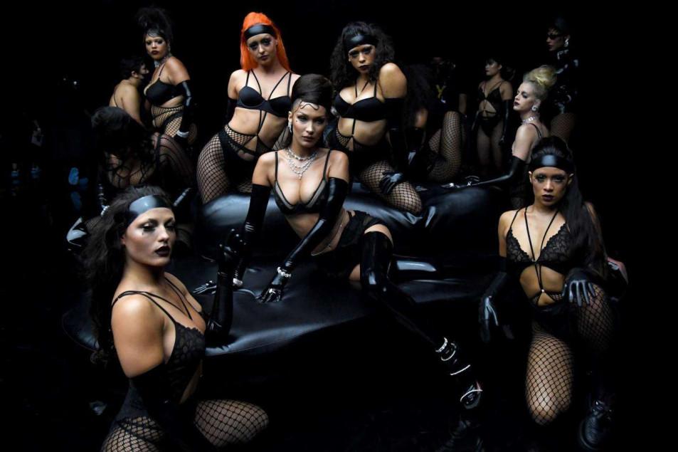 Bella Hadid in Rihanna's Savage X Fenty Show (5)