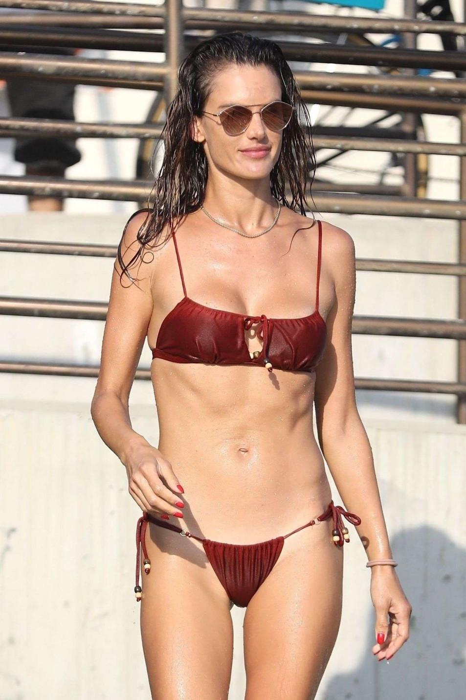 in Alessandra bikini dantona
