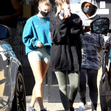 [Image: Hailey-Bieber-Cameltoe-heading-to-a-gym-1.th.jpg]