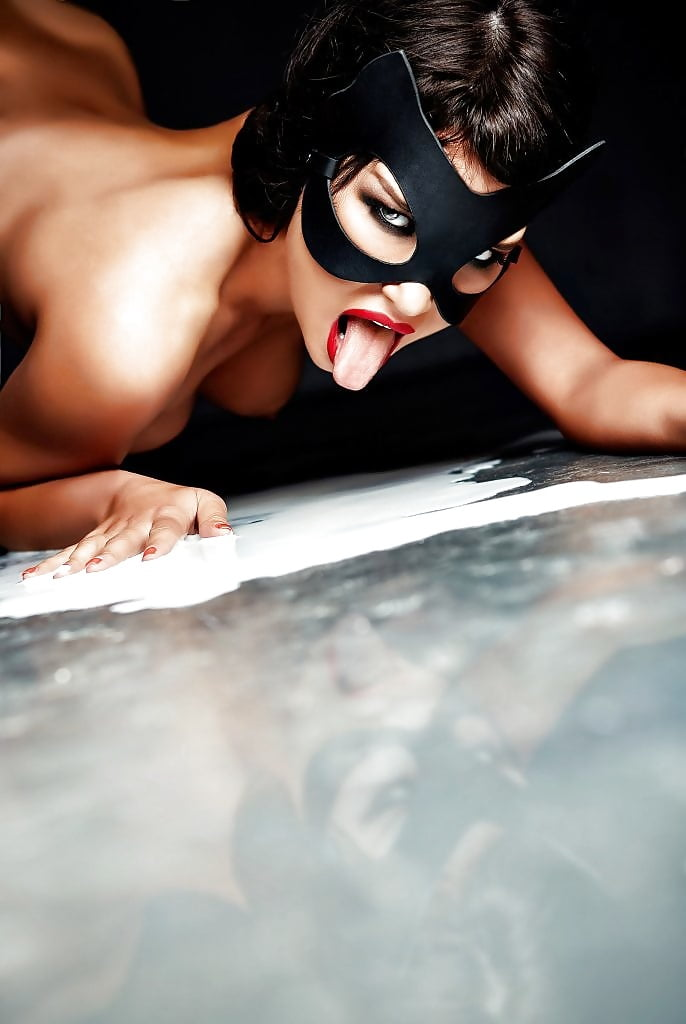 maria-Liman-Fully-Nude-Photoshoot-13.jpg