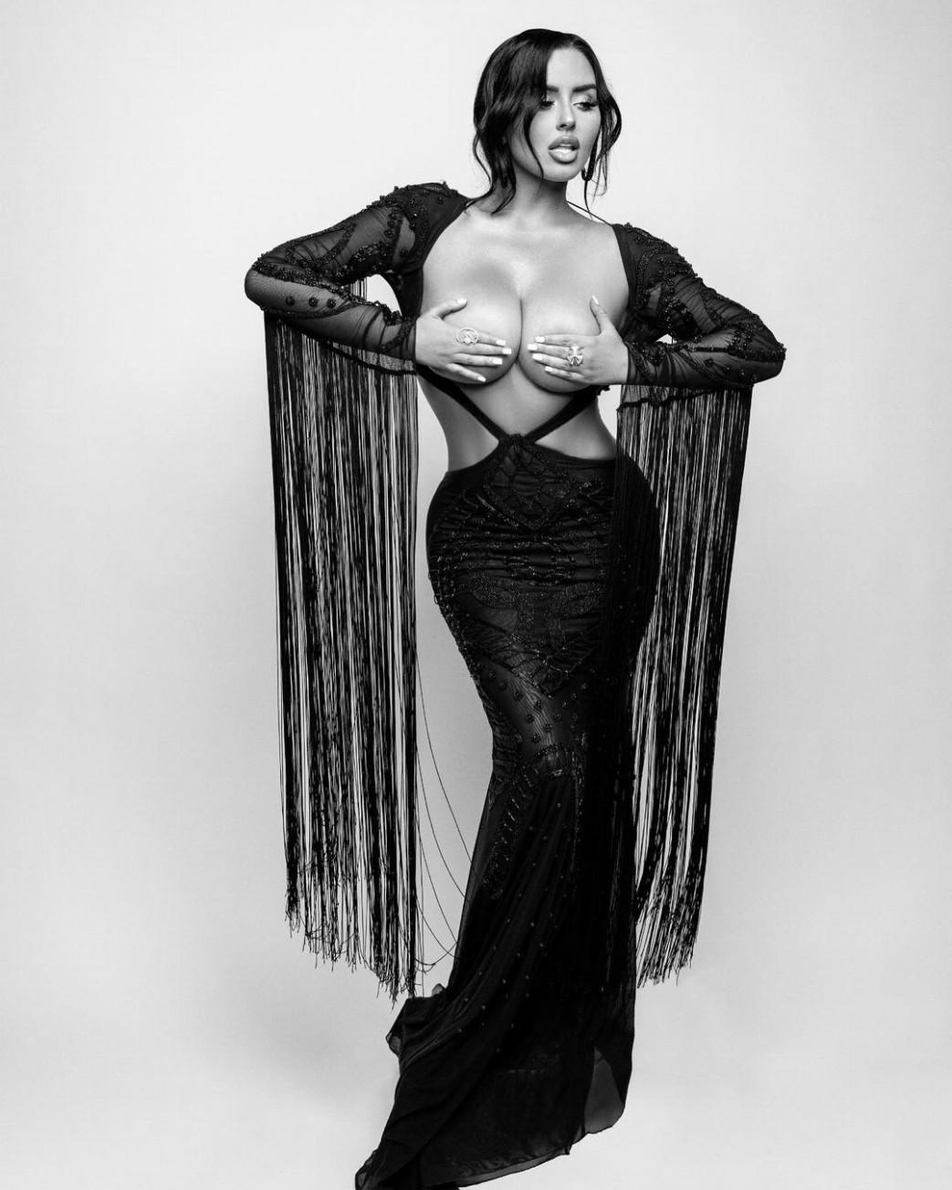 Abigail-Ratchford-Hand-Bra-In-Black-Dress-2.jpg