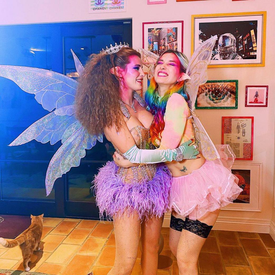 Bella-Thorne-Braless-Fairy-Nipples-2.jpg