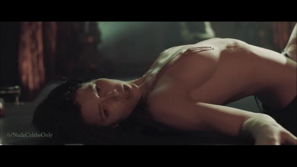 Jessica-Biel-Nude-Streptease-Scenes-from-Powder-Blue-Video-11.jpg