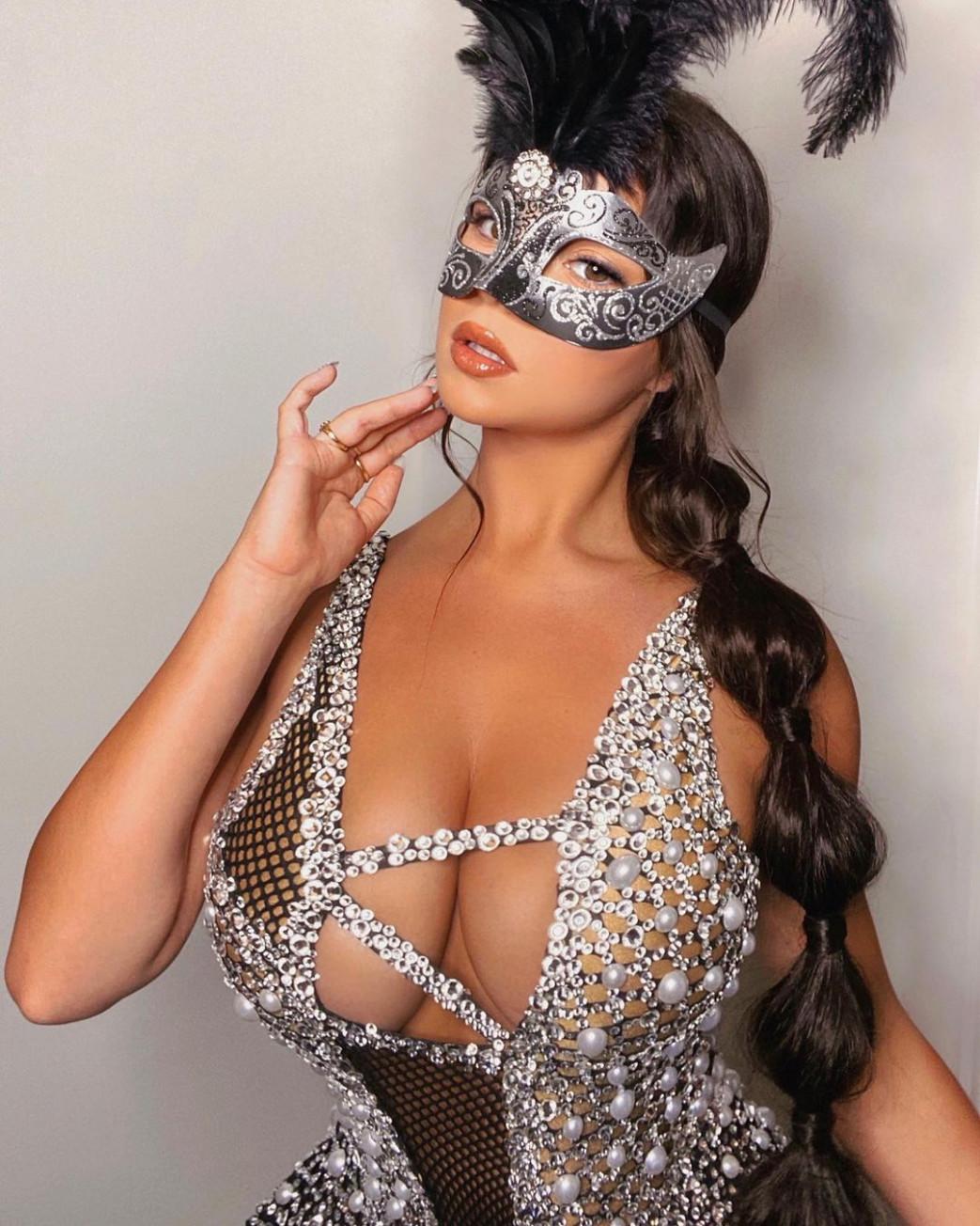 Demi-Rose-Mawby-Cleavage-Halloween-Costume4.jpg