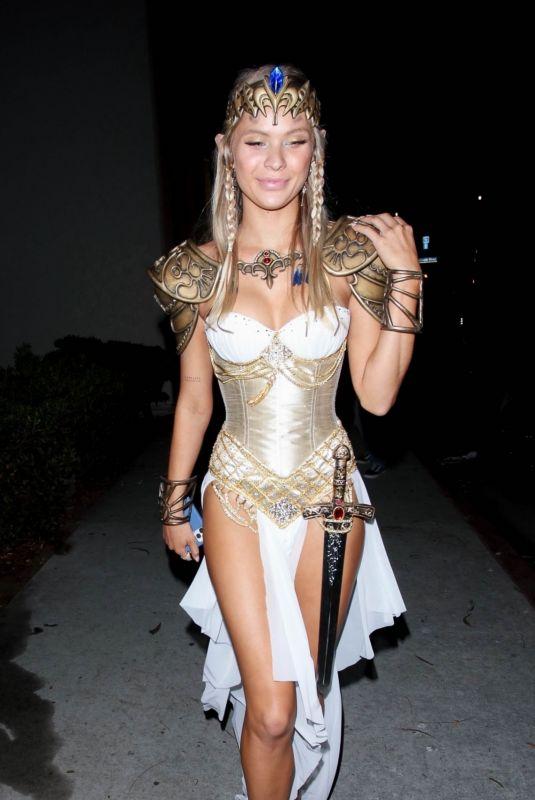 Josie-Canseco-Leggy-Cleavage-in-Halloween-Costume-5.jpg