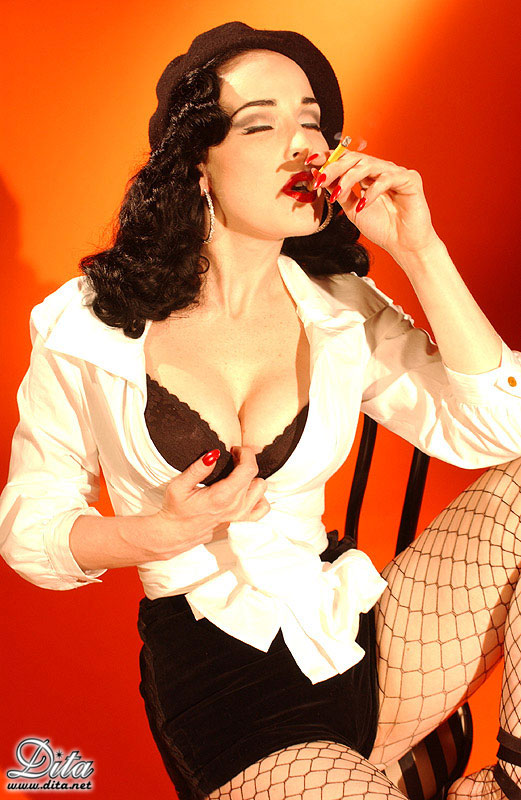 Dita Von Teese Nude Smoking - Nude Celebs, Glamour Models
