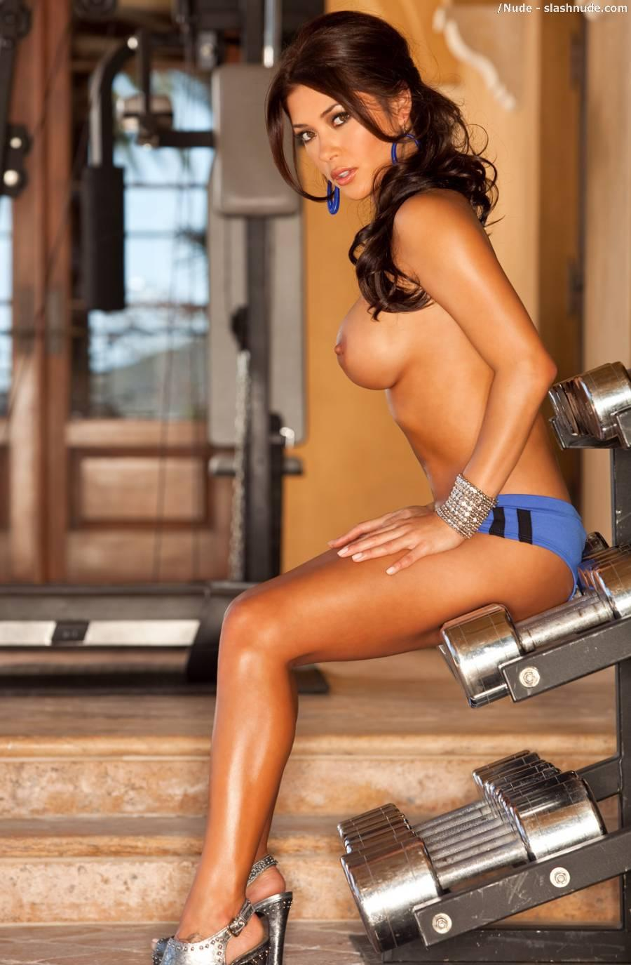 Arianny Celeste nude workout for UFC (3)