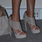 Jessica-alba-Sexy-Feet-Photos-2
