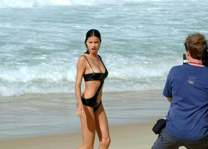 Adriana-Lima-in-Wet-See-Thru-Lingerie-For-Pirelli-Calendar-6.jpg