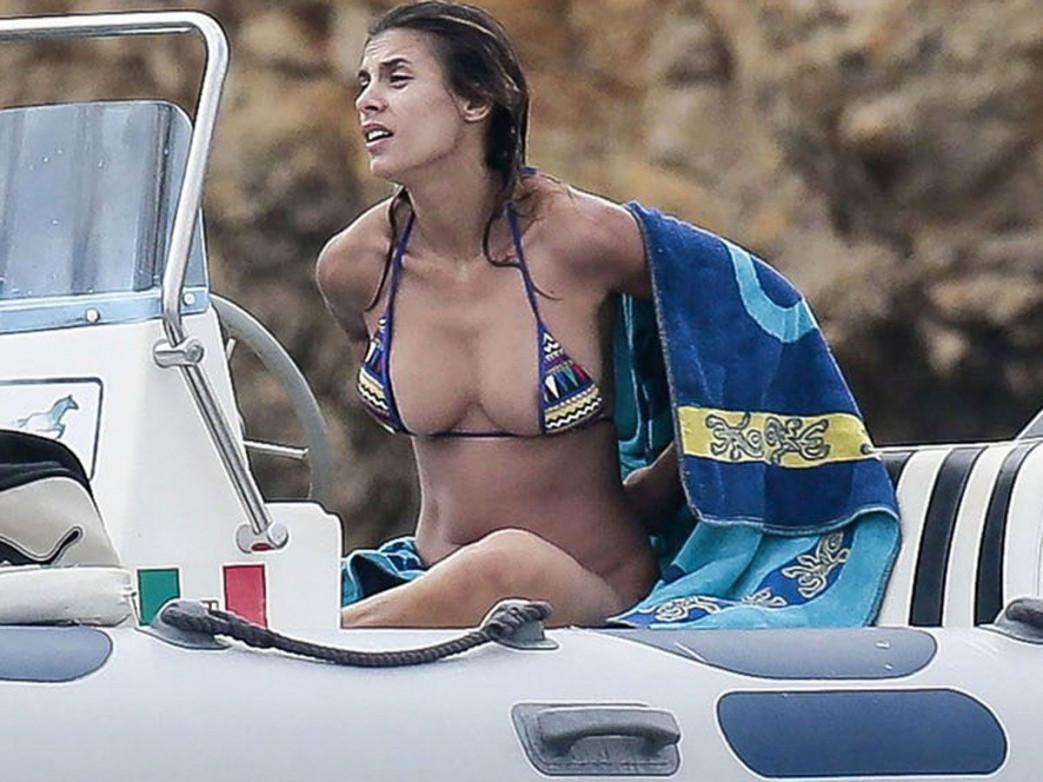 Elisabetta-Canalis-Topless-Candids-Nip-Slip-7.jpg