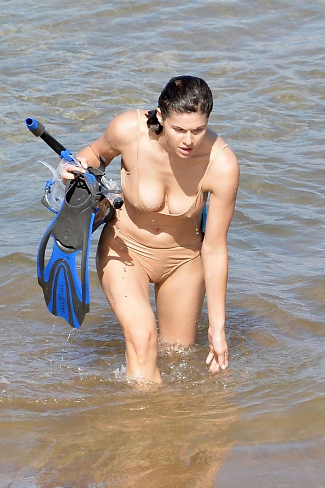 Alexandra-Daddario-Pokies-and-Wedgie-Picking-In-Wet-Bikini-4.jpg
