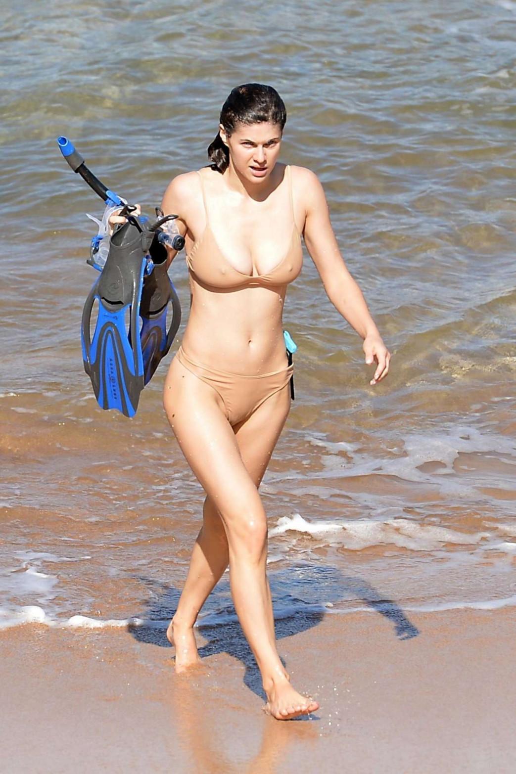 Alexandra-Daddario-Pokies-and-Wedgie-Picking-In-Wet-Bikini-7.jpg