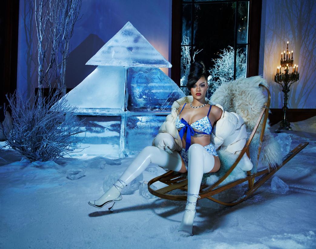 Rihanna-in-Savage-x-Fenty-Lingerie-December-2020-1.jpg