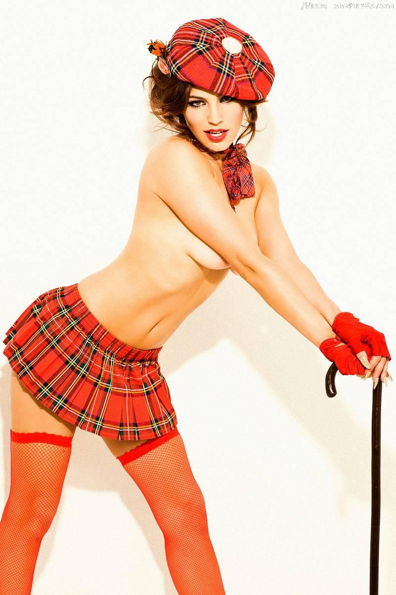 Kelly-Brook-Topless-Lingerie-With-Umbrella-5.jpg