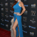 Phoebe-Price-Pantyless-Pussy-Flash-at-the-Reality-Awards-Show-1.jpg