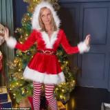 Amanda-Holden-as-Santa-Scteencaps-2
