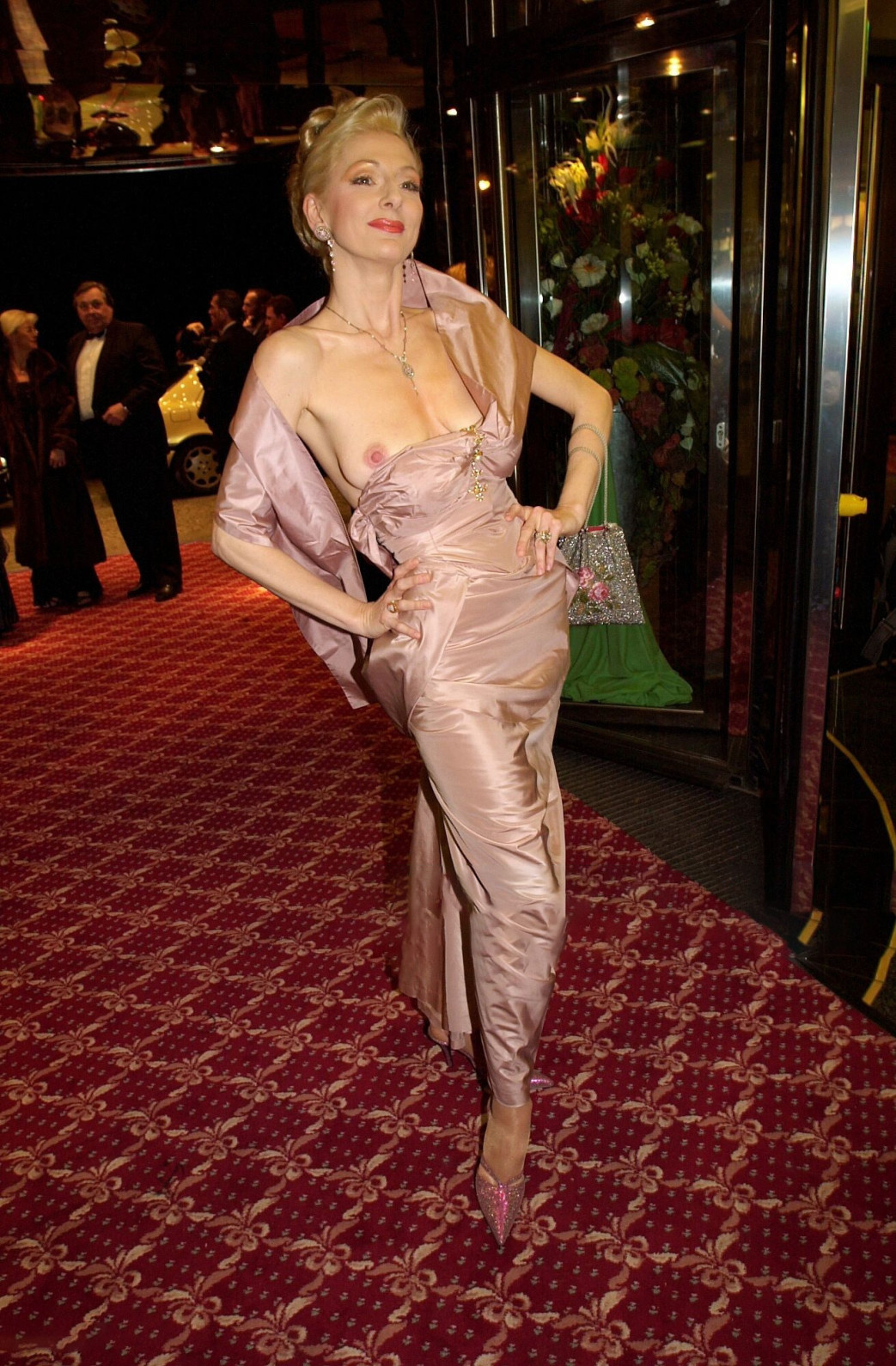 Desiree-Nick-Boob-Slip-at-unesco-benefiz-gala-2001-3.jpg