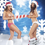 Lucy-Pinder-Naked-Christmas-9