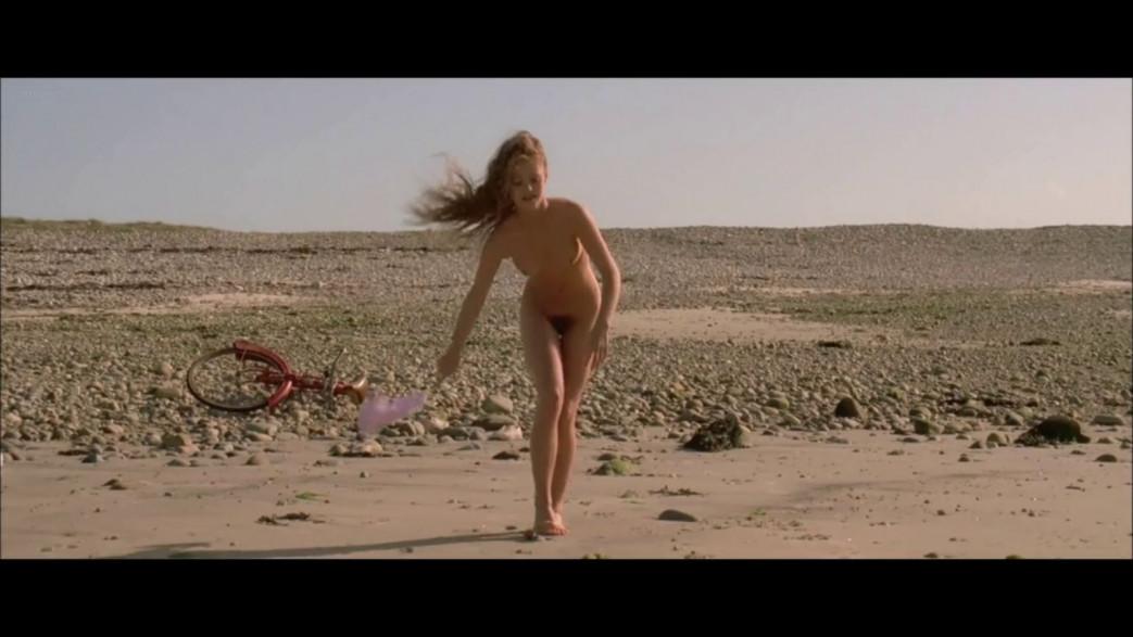 Vanessa-Paradis-Nude-Screencaps-from-Elisa-11.jpg