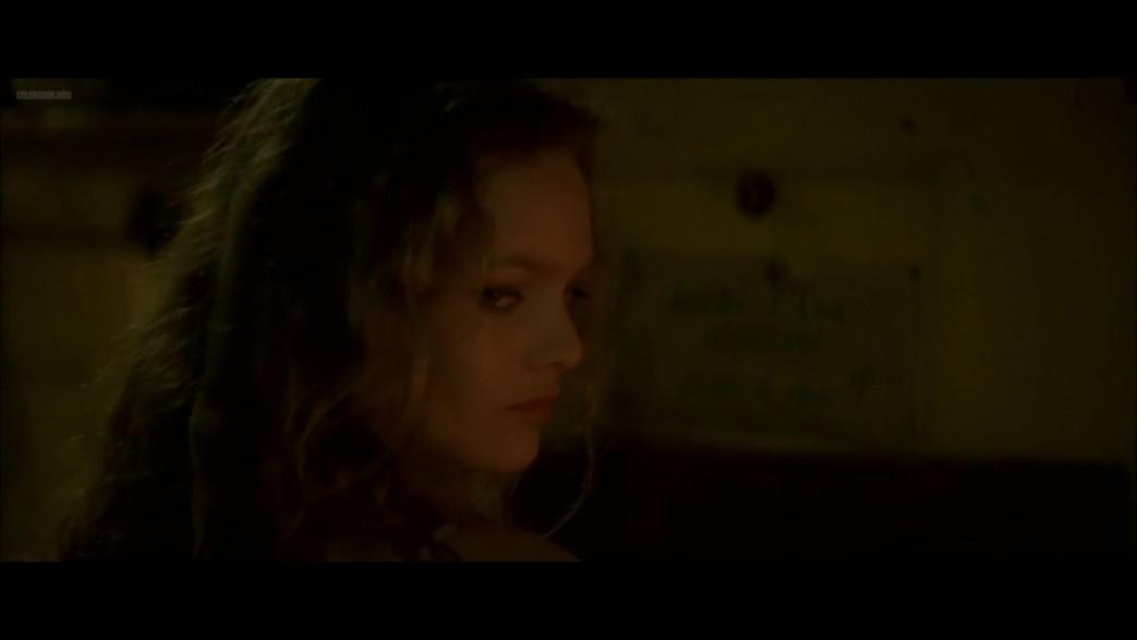 Vanessa-Paradis-Nude-Screencaps-from-Elisa-24.jpg