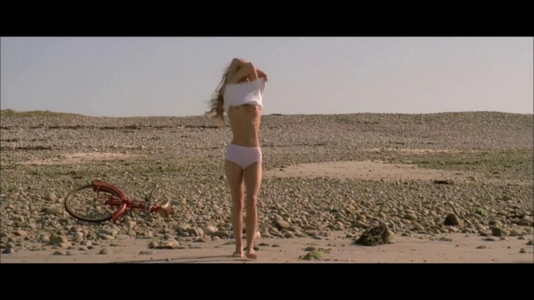 Vanessa-Paradis-Nude-Screencaps-from-Elisa-7.jpg