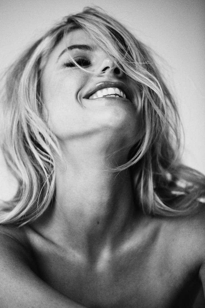 Charlotte-McKinney-for-Elle-Magazine--December-2020-2.jpg