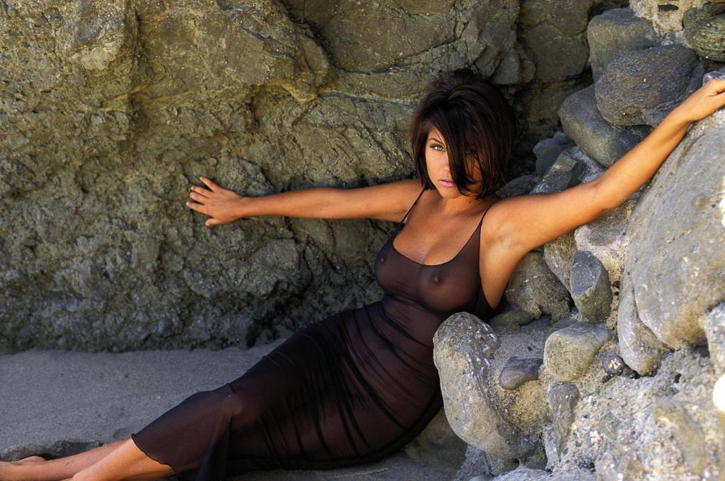 Tiffani-Amber-Thiessen-nude-1.jpg