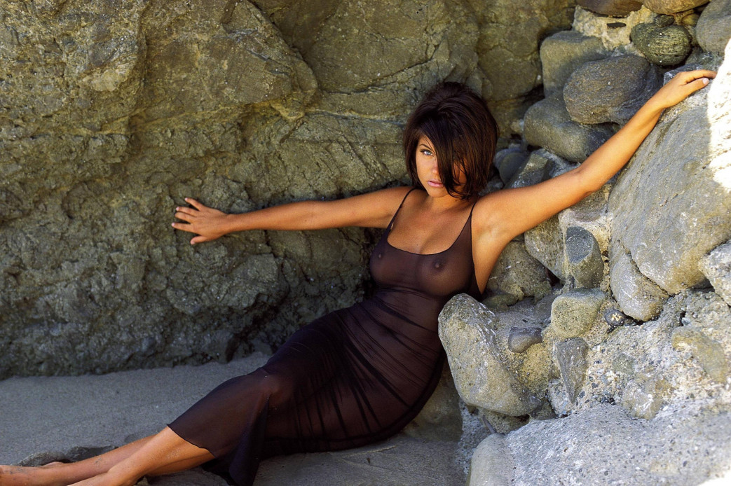 Tiffani-Amber-Thiessen-nude-2.jpg