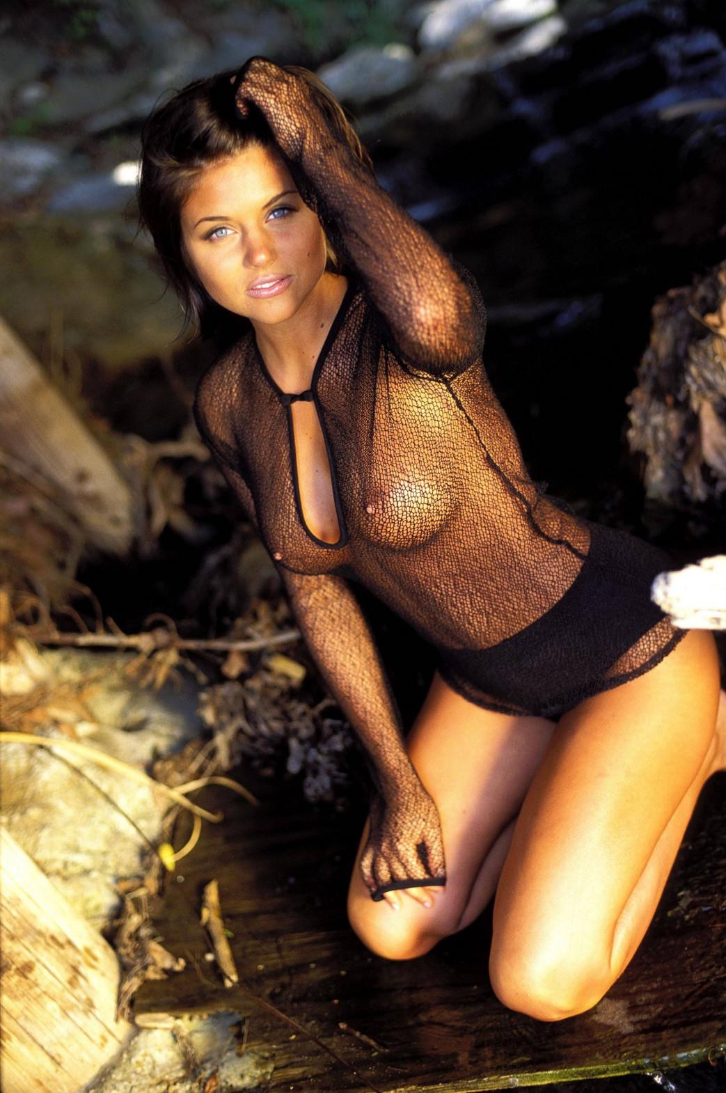 Tiffani-Amber-Thiessen-nude-3.jpg