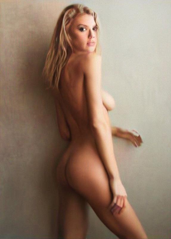 Kinney charlotte nude mc Charlotte McKinney