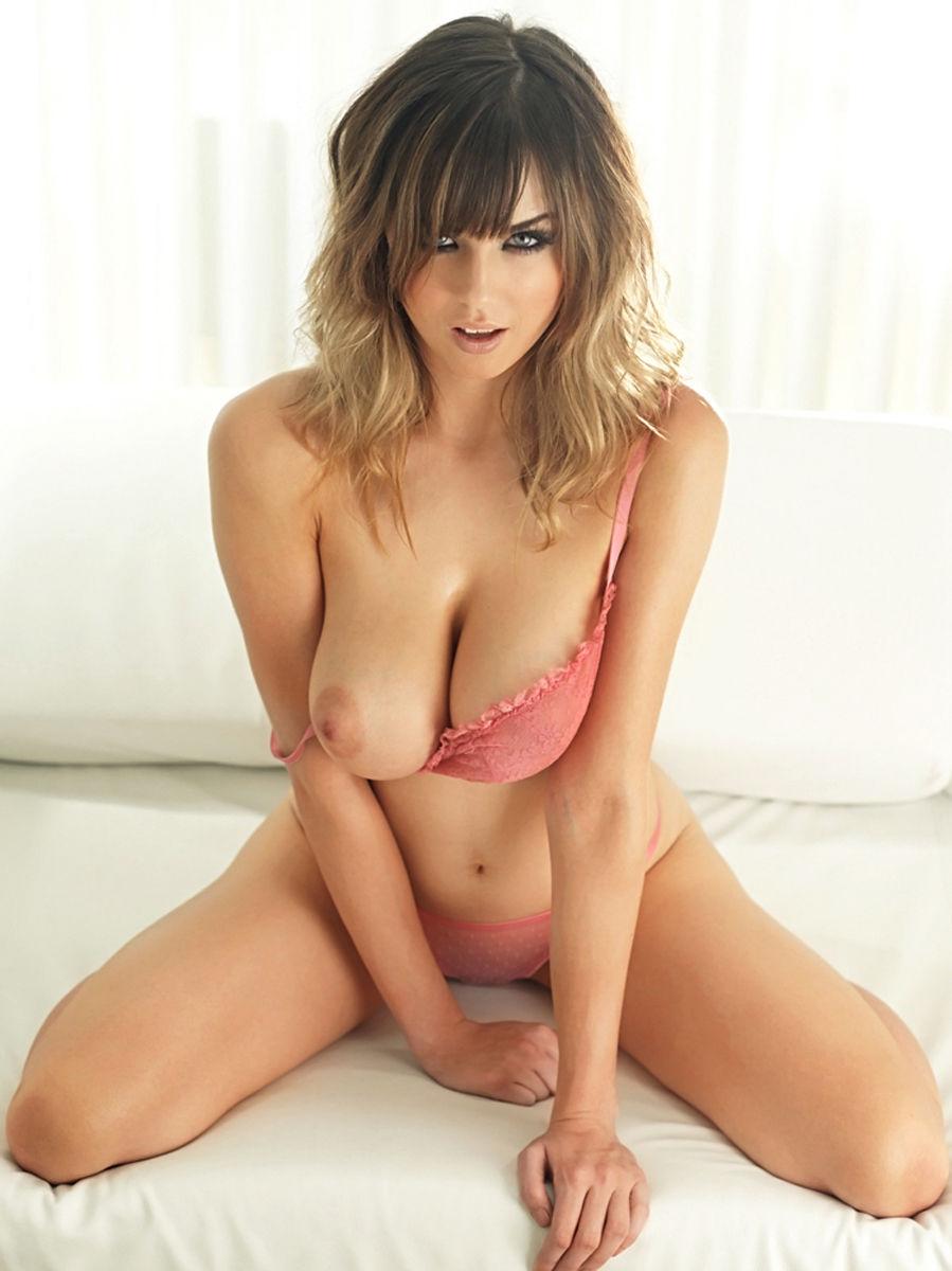 Danielle-Sharp-Nuts_2012-479511ee3aeb5fa831.jpg