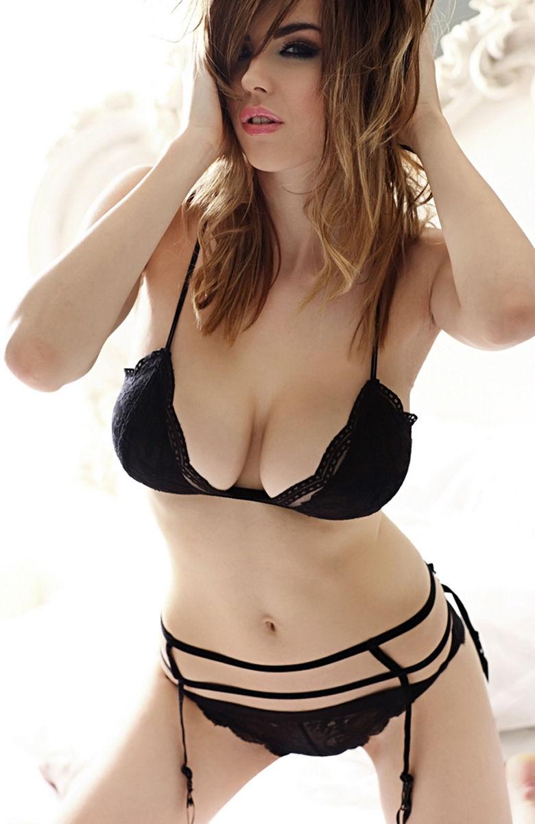 Danielle-Sharp-10.jpg