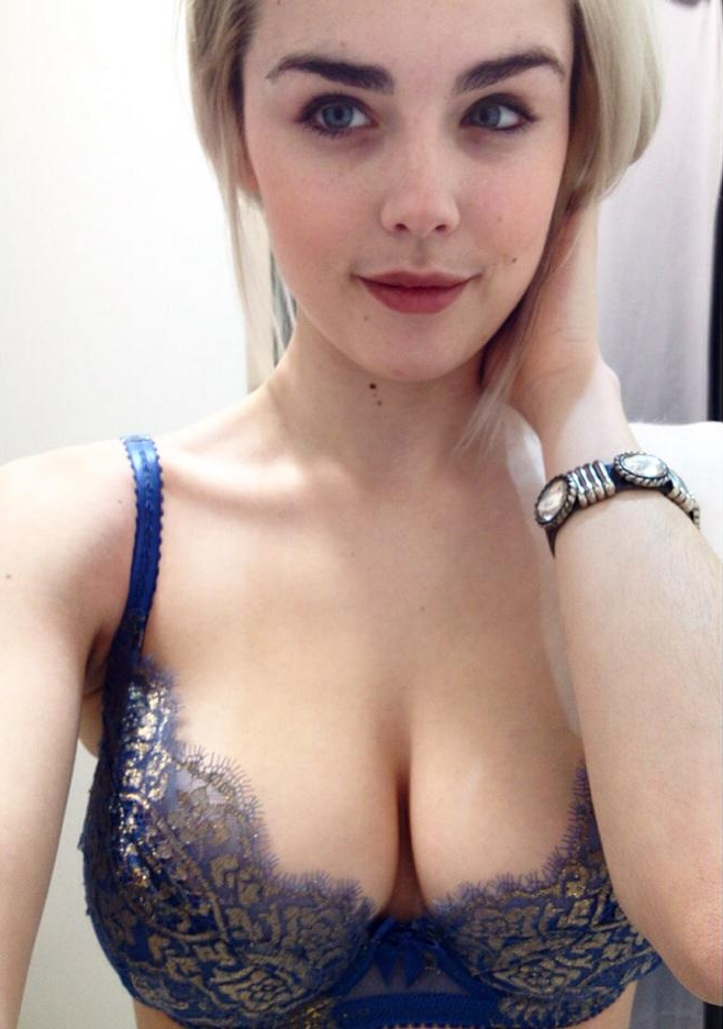 Danielle Sharp (44)